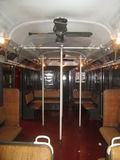10milesbehindme_transit-museum4