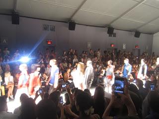 10milesbehindme_fashionshow4