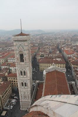 10milesbehindme_Florence9
