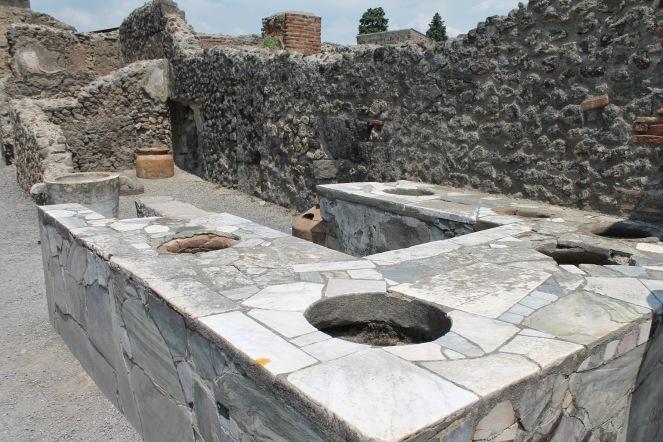 10milesbehindme_pompeii2