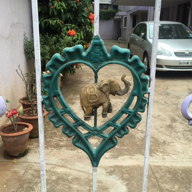 10milesbehindme_hearts_india