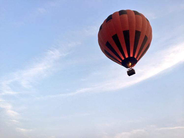10milesbehindme_hotairballoon3