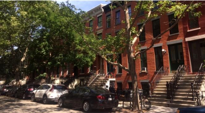 Brooklyn-like street in Long Island City, Queens