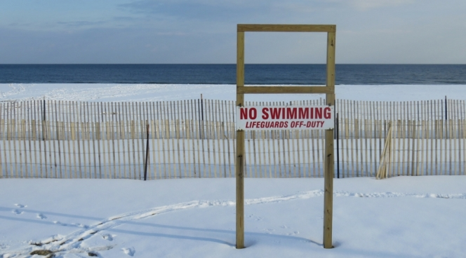 10milesbehindme_asbury-park_beach