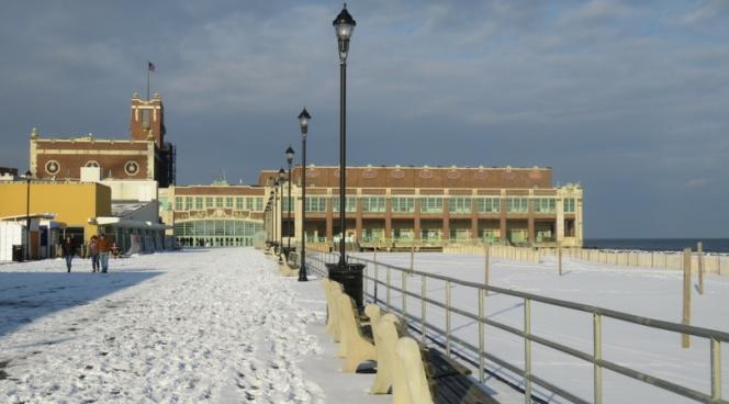 10milesbehindme_asbury-park_boardwalk
