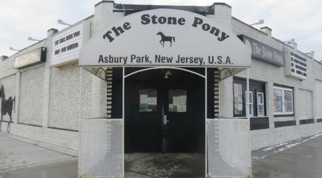 10milesbehindme_asbury-park_stone-pony