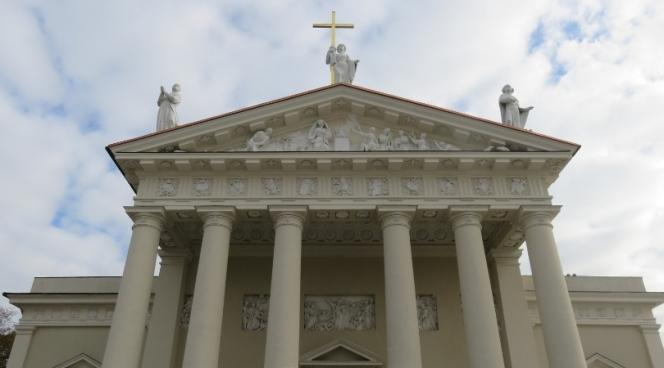 10milesbehindme-vilnius-cathedral