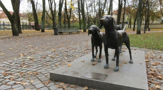 10milesbehindme-vilnius-lithuanian-hound